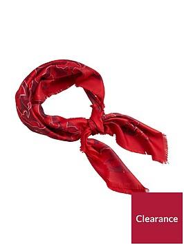 mango-celosia-printed-neck-scarf