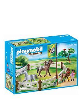 playmobil-horse-paddock