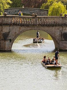 virgin-experience-days-sights-of-cambridge-one-night-break-with-dinner-and-chauffeured-cambridge-punting-tour-for-twonbsp