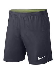 nike-manchester-city-1819-away-shorts