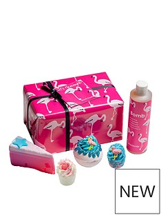 bomb-cosmetics-bomb-cosmetics-letrsquos-flamingle-giftset