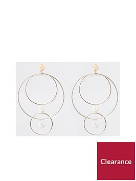 river-island-mismatched-pearl-drop-earrings