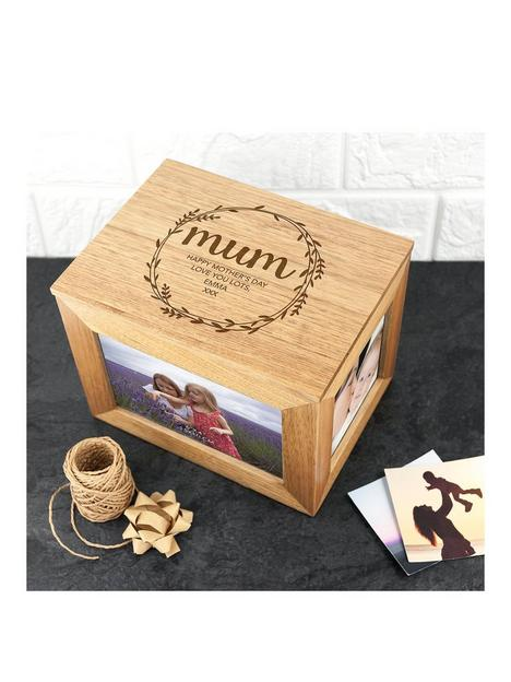 treat-republic-personalised-oak-photo-cube