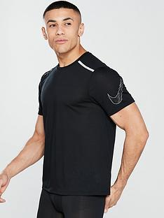 nike-running-tailwind-top
