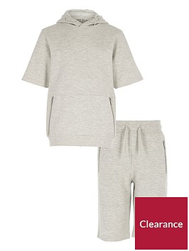 river-island-boys-grey-short-sleeve-textured-hoodie-outfit