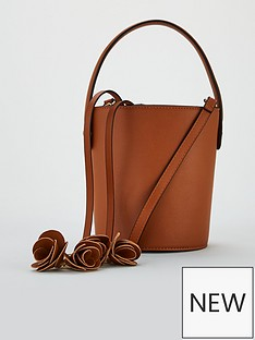 v-by-very-phoebe-bucket-bag-tan