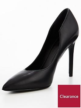 kendall-kylie-abi-court-shoe-blacknbsp