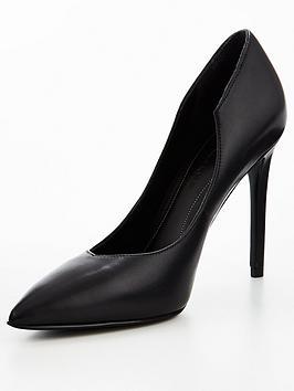 Kendall + Kylie Abi Court Shoe - Black