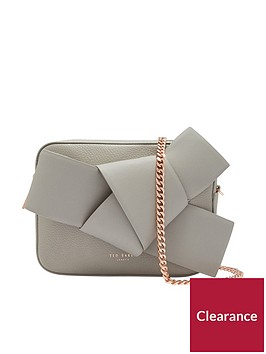 ted-baker-aamelia-giant-knot-camera-bag