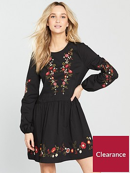 miss-selfridge-embroidered-smock-dress-blacknbsp