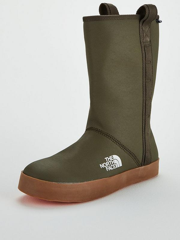 55a8703f8f THE NORTH FACE The North Face Women's Base Camp Rain Boot Short ...
