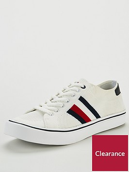 tommy-hilfiger-lightweight-trainer