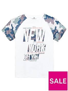 v-by-very-camo-sleeve-nyc-print-t-shirt