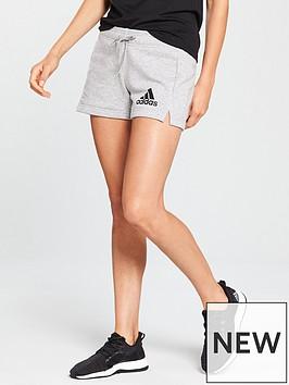 adidas-essentials-short-medium-grey-heather