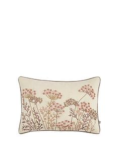 gallery-patterdale-cushion-blush