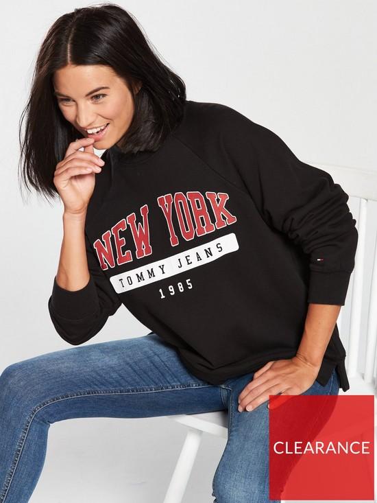 c7624e0a1e Tommy Jeans Oversized New York Sweatshirt - Tommy Black