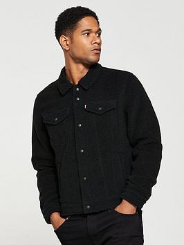 levis-sherpa-faced-trucker-jacket