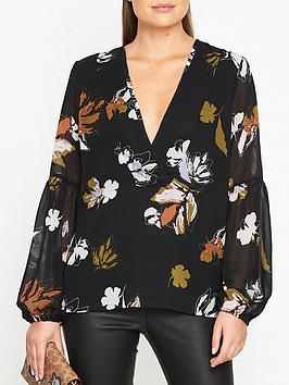 gestuz-amali-floral-print-blouse-black