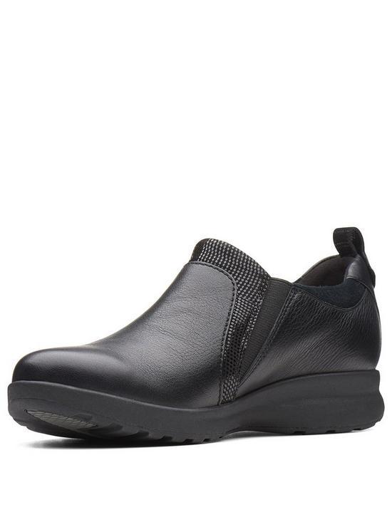 1518ecf80f9 Clarks Un Adorn Zip Flat Shoe - Black