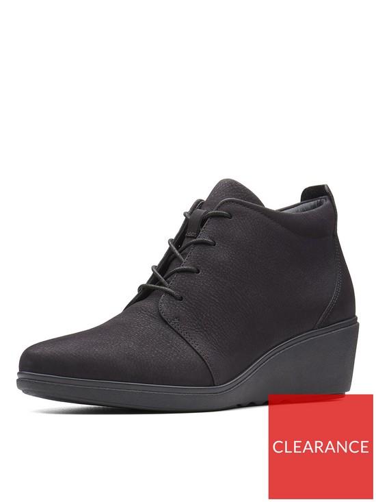 2f1bee8773dc7f Clarks Un Tallara Eva Low Wedge Ankle Boot - Black