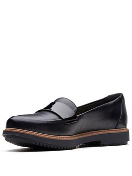 Clarks Clarks Raisie Arlie Wide Fit Loafer Black