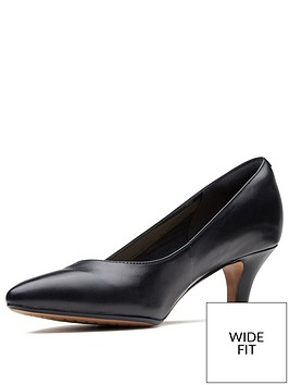clarks-wide-fit-linvale-jerica-mid-heel-court-shoe-black