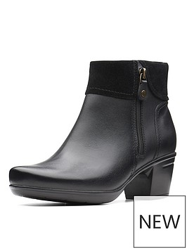 clarks-emslie-twist-mid-heel-ankle-boot-black