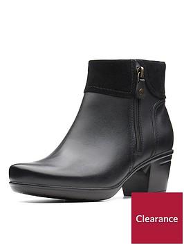 clarks-emslie-twist-mid-heel-ankle-boot-black