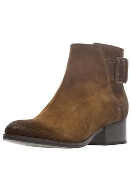 clarks-elvina-dream-ankle-boot-tan-suede