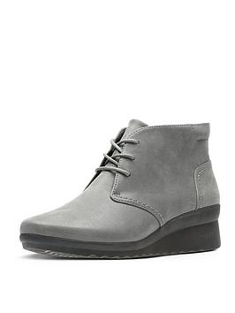 Clarks Caddell Hop Low Wedge Ankle Boot - Grey