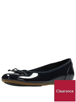 clarks-couture-bloom-ballerina-navy-patent