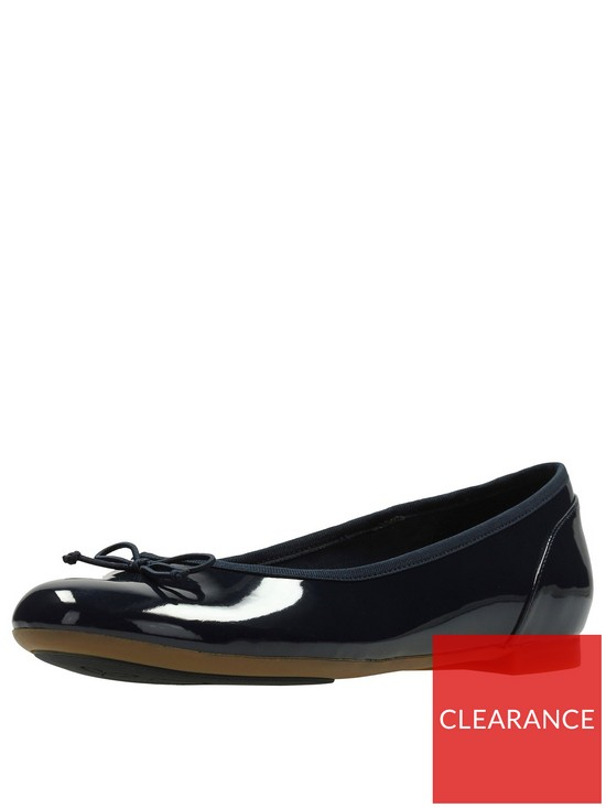 10043666464 Clarks Couture Bloom Ballerina - Navy Patent
