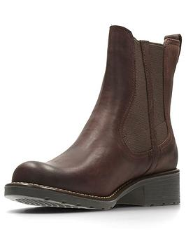 clarks-orinoco-club-chelsea-ankle-boot-burgundy