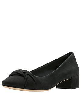 clarks-orabella-lily-low-heel-shoe-black