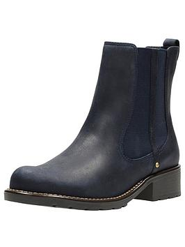 clarks-orinoco-club-chelsea-ankle-boot-navy