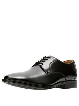 clarks-gilman-lace-leather-shoe