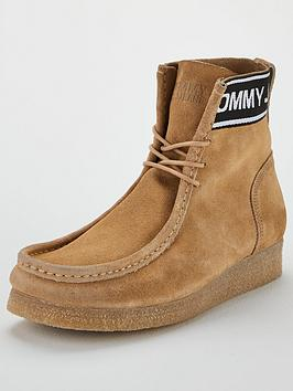tommy-jeans-crepe-outsole-suede-wallaby-shoes-sand
