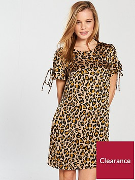 v-by-very-petite-short-sleeve-tunic-dress-animal-printnbsp
