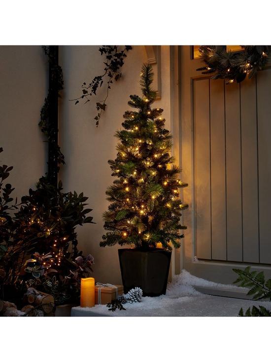 45ft pre lit potted indooroutdoor christmas tree verycouk - Pre Lit Outdoor Christmas Trees
