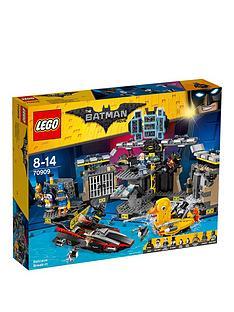 lego-minecraft-70909nbspbatcave-break-in