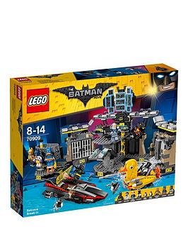 lego-minecraft-70909nbspbatcave-break-in