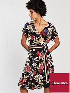 wallis-palm-fit-and-flare-dress-black