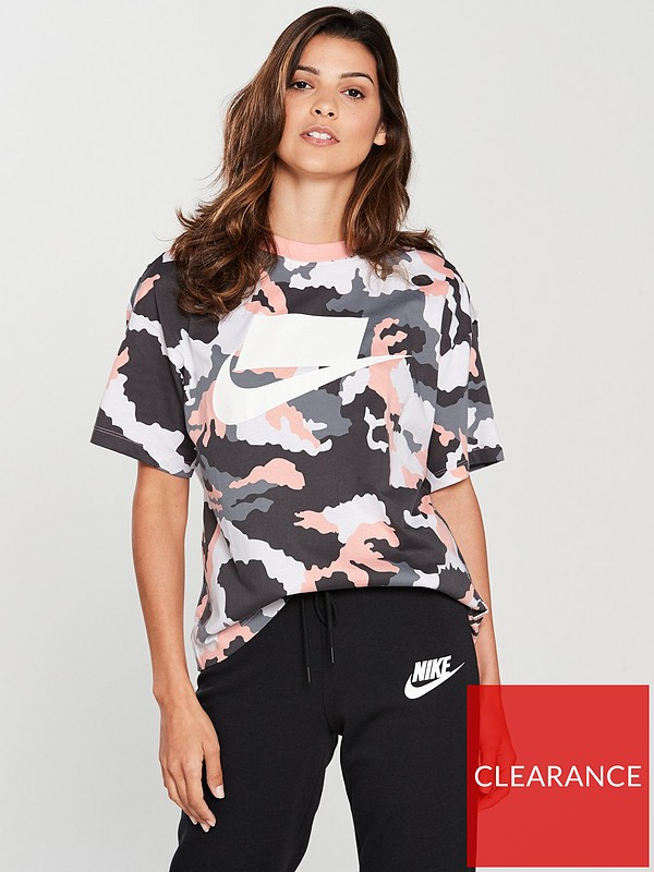 80ba9f99f9f7 Nike Sportswear Camo Tee