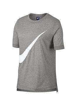 nike-sportswear-large-swoosh-tee