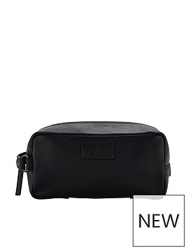 barbour-compact-leather-washbag