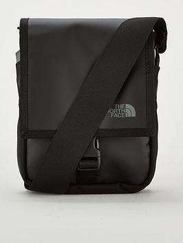 the-north-face-bardu-bag