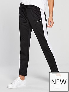 diadora-side-stripe-tapered-pant-blackwhitenbsp