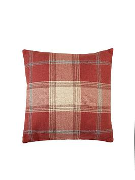 highland-check-filled-cushion