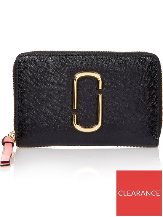 3be35b5566917 MARC JACOBS Small Standard Snapshot Wallet- Black/ Rose | very.co.uk