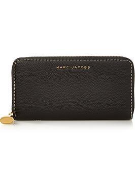 marc-jacobs-standard-continental-wallet-black